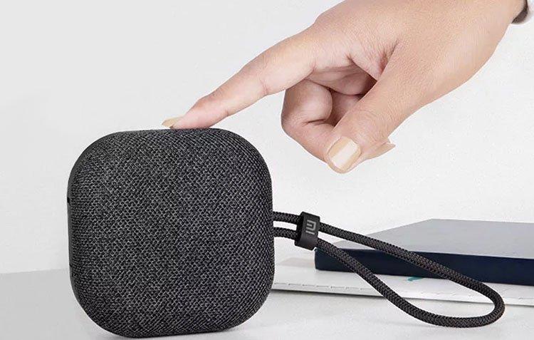 Анонс компактной колонки Xiaomi Mi Outdoor Bluetooth Speaker