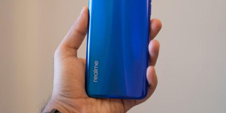 Готовится к выходу смартфон среднего уровня Realme C11